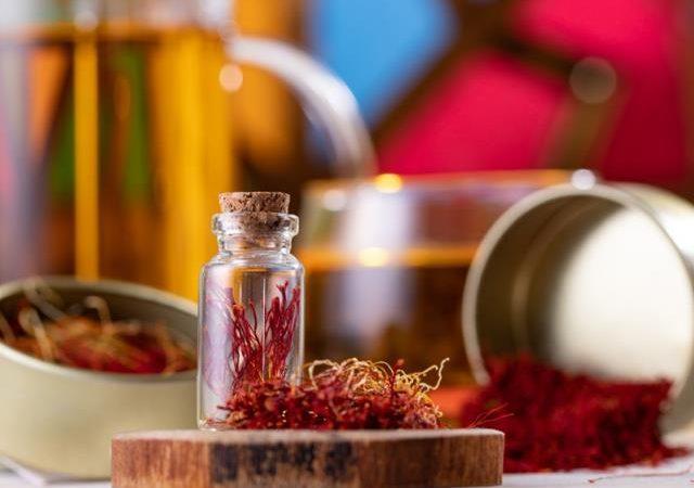 اهمیت استفاده از بسته بندی های صادراتی زعفران | شرکت صدف پک