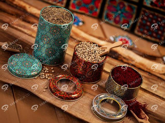 طراحی ظروف بسته بندی زعفران | شرکت صدف پک