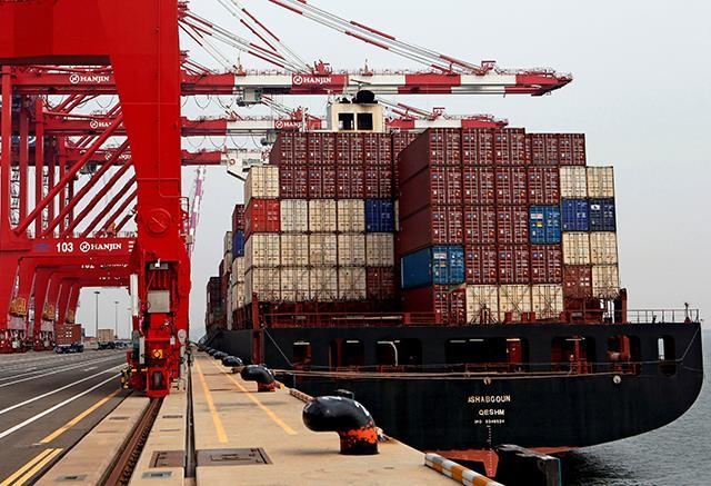 آماده سازی زعفران برای صادرات و حمل و نقل دریایی زعفران | شرکت صدف پک