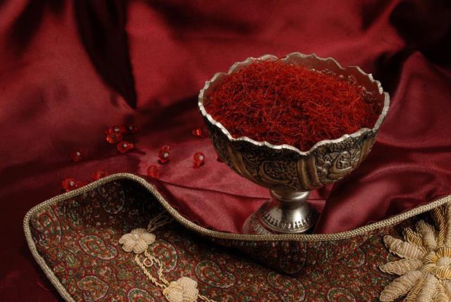 فروش عمده زعفران با کیفیت در ایران   شرکت صدف پک