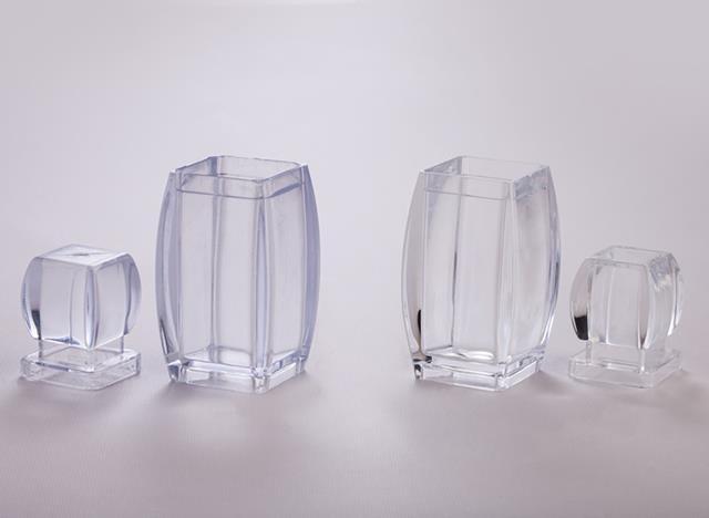 مقایسه ظرف کریستالی با کیفیت صدف پک و ظروفی با کیفیت کمتر   شرکت صدف پک
