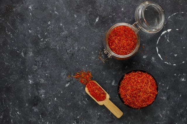 طراحی بسته بندی زعفران   شرکت صدف پک