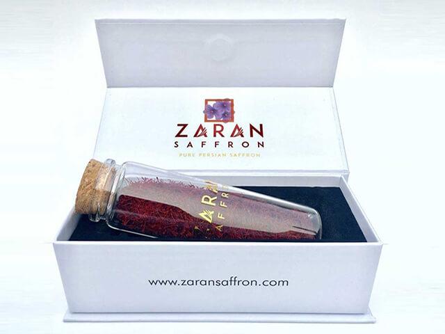 بسته بندی شیشه ای با باکس مقوایی زعفران اسپانیا   شرکت صدف پک