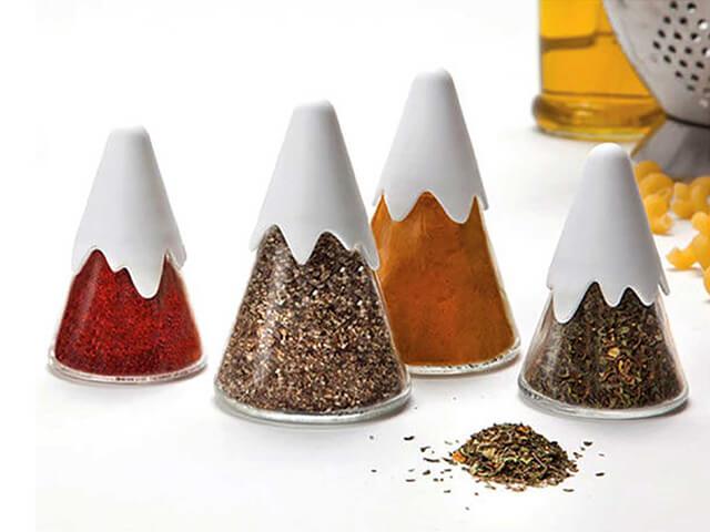 استفاده از ایده های ساده و خلاقانه در بسته بندی ادویه جات | شرکت صدف پک