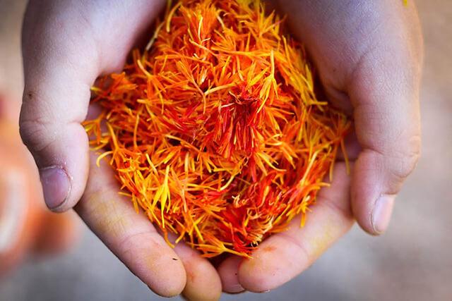 زعفران با استاندارد های بین المللی   شرکت صدف پک