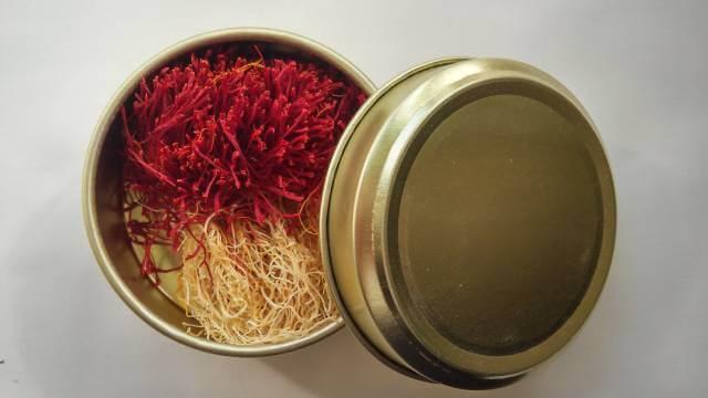 اهمیت بسته بندی زعفران در حفظ کیفیت آن | صدف پک