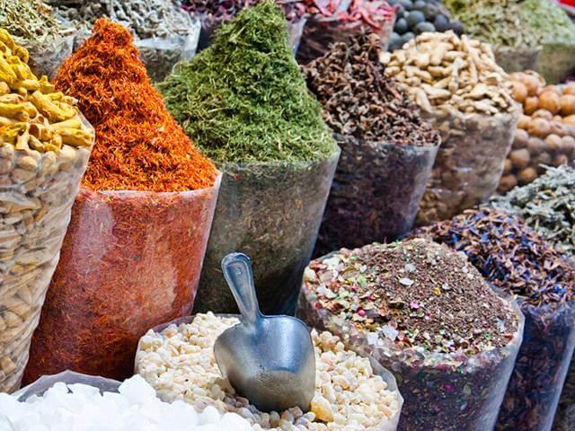صادرات انواع ادویه از امارات | شرکت صدف پک