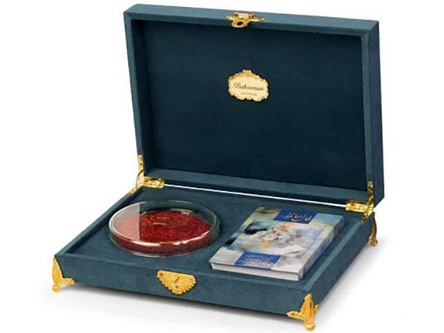 پک هدیه زعفران با جعبه مخملی   شرکت صدف پک