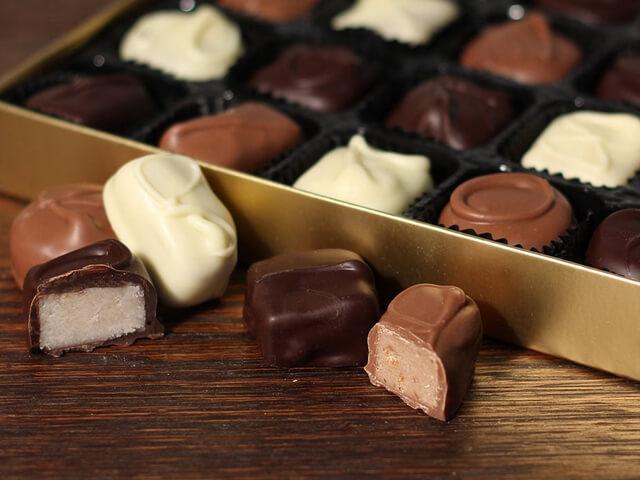 ظروف فلزی شکلات و شیرینی   شرکت صدف پک